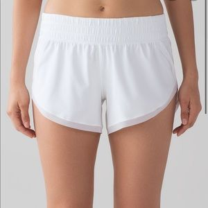 ISO WHITE LULU SHORTS!!!